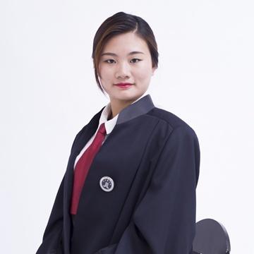 卢雅柔律师